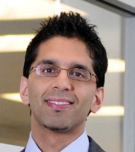 Dr Bharwani Headshot pic